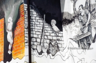 Altri murales di Satriano sono, invece, legati alla storia e alle leggende locali. Una serie ritrae il racconto del moccio degli Abbamonte, una coppia che, non potendo avere figli, decide di farne uno di sangue e farina. Crescendo, però, questo bambino diventava sempre più irrequieto e dispettoso, tanto che si decise di murarlo vivo in una stanza. Da allora la stanza non è stata più ritrovata.