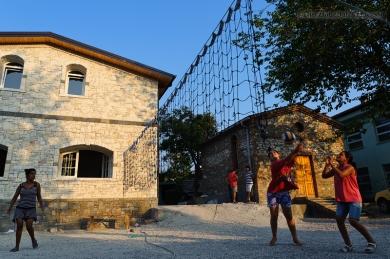 Albania_Berat_Piccola Famiglia_Mario Fracasso