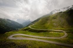 Transfagarasan, 2000m slm (da alcuni considerata la strada più emozionante del mondo)