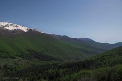 Solo poca neve resiste ad aprile sulle montagne che separano Abruzzo e Lazio