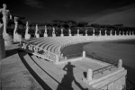 Lo stadio dei Marmi è circondato da alte statue bianche
